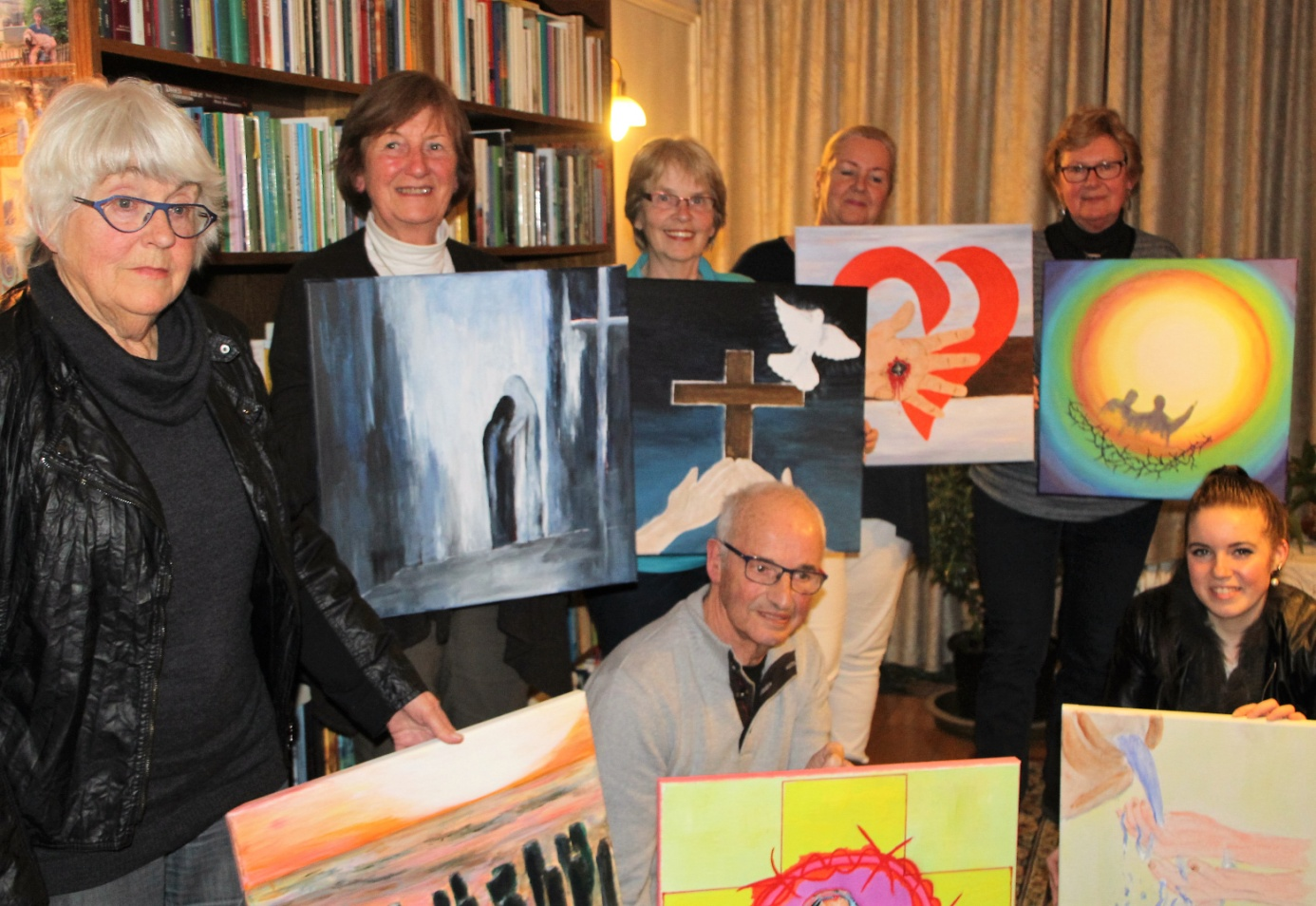 Tineke Schouten, Hannie van Dongen, Truus den Rooijen, Piet van Drongelen, Corine Schaap, Toos Fennema en Lisa de Rooij